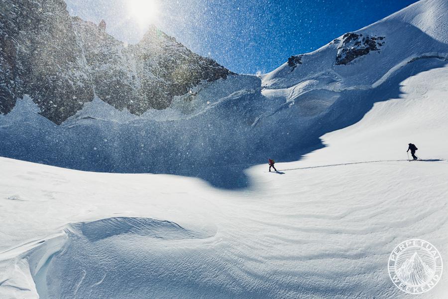 Liz Daley skins Glacier des Améthystes, Chamonix, France